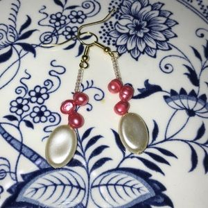 Hand made peal earrings by Amanda Sanchez